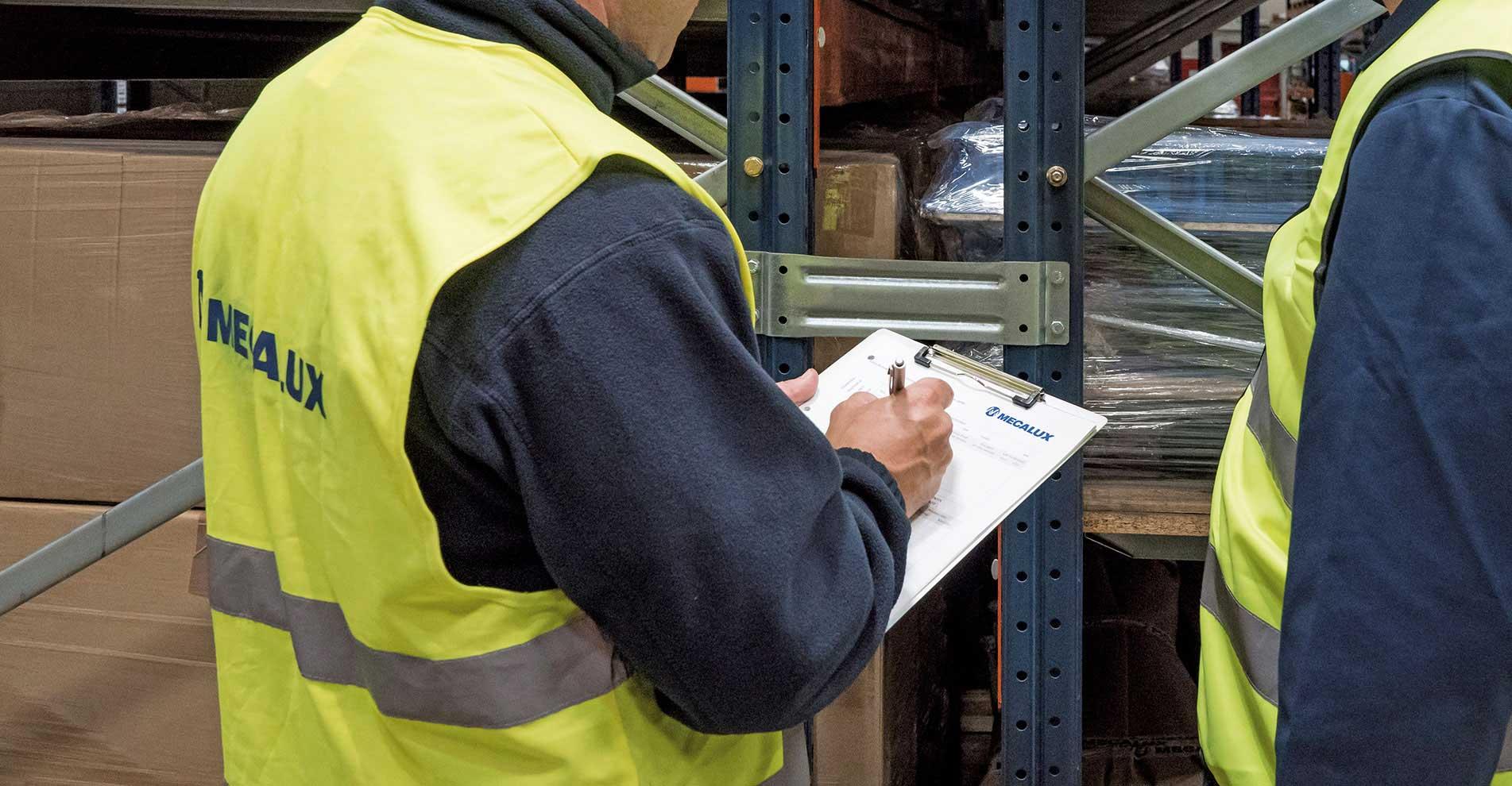 Inspection technique du rayonnage de l'entrepôt