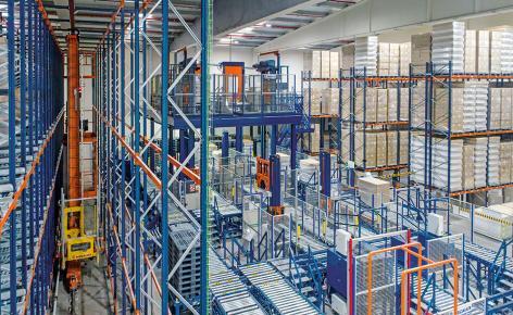 Laboratorios Maverick automatise son entrepôt de produits Deliplus